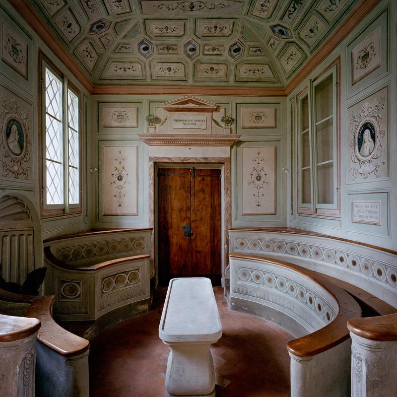 040.francesca-catastini_the-modern-spirit-is-vivisective_anatomical-theatre_pistoia_ospedale-del-ceppo